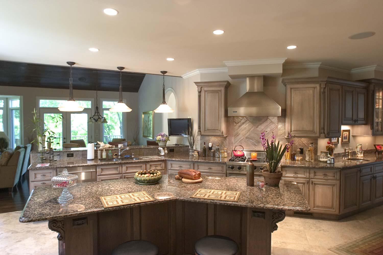 Custom Luxury Home Kitchen | Baumgartner Homes